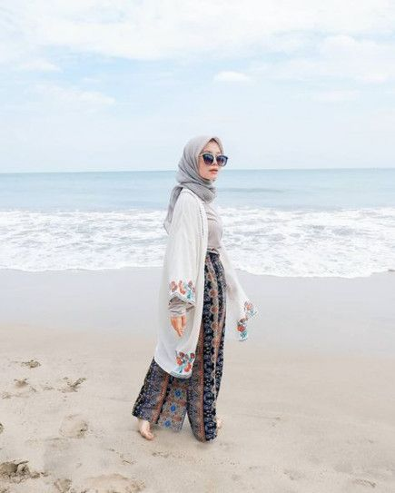 64+ Ideas for hat beach outfit | Hijab fashion summer, Hijab style .