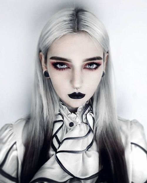Pin by Pat on Prince Haru Things | Goth hair, Gothic makeup, Goth .