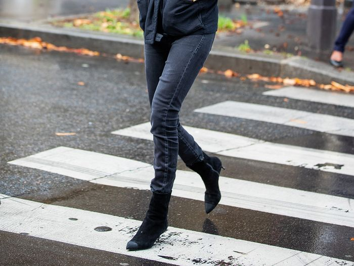 The 10 Best Shoes to Wear With Skinny Jeans in Cold Weather | Who .