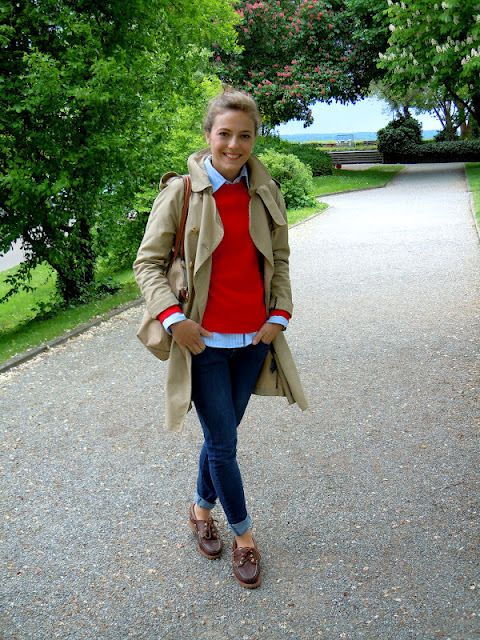 trench and sperry's | Preppy look, Preppy outfits, Preppy fa