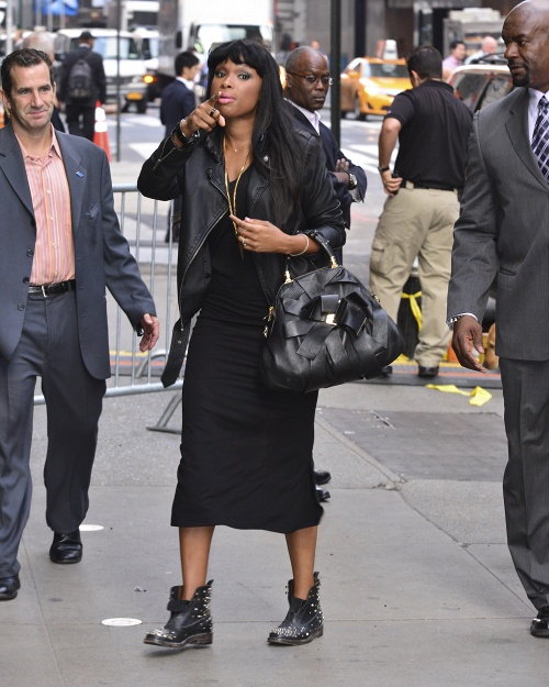 Black Celebrity Style – Jennifer Hudson In All Black Fall Trends .