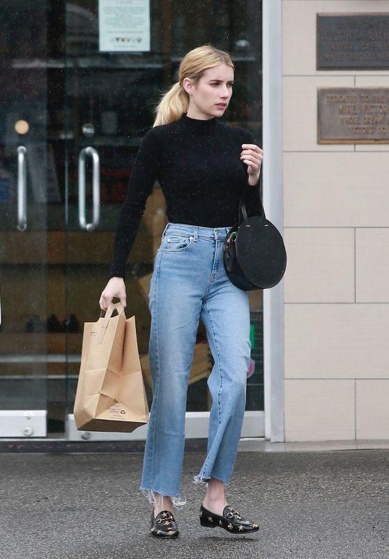 Emma Roberts Street Style - Los Angeles 12/08/2019 | Celebrity .