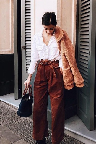 Corduroy Pants Outfits For Women (25 ideas & outfits) | Lookast