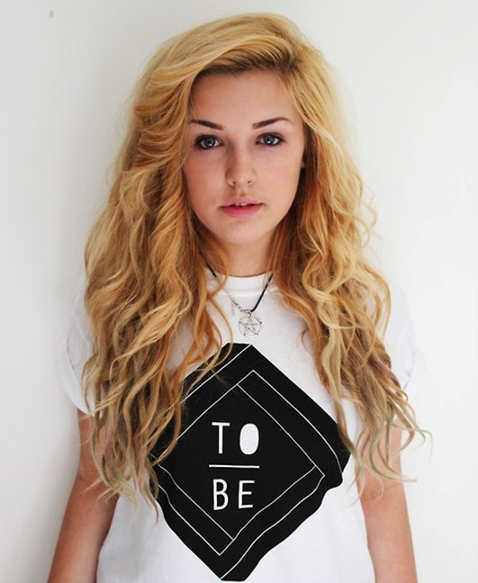 Loose Curly Hairstyles for Teenage Girls: Ombre Hair - PoPular .