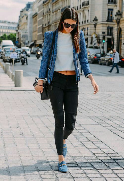 17 Cute Outfits to Wear with Loafers for Women This Season .