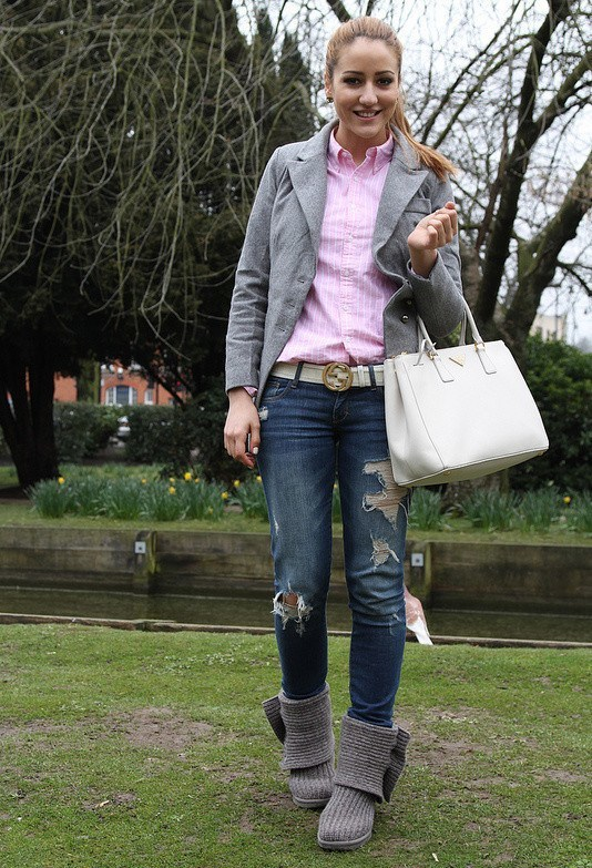 18 Cute Outfits to Wear with Uggs Boots This Winter - Cheap Casual .