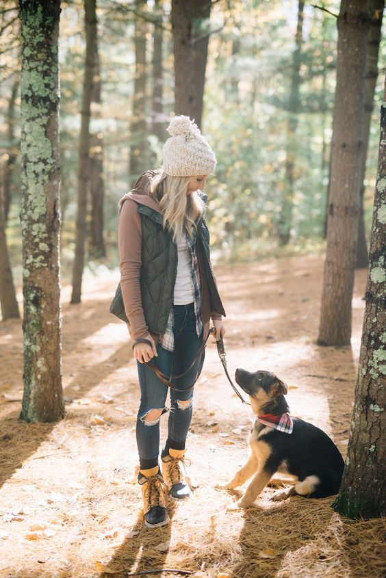 Girls Outfits with Hiking Boots-26 Ways to Wear Hiking Boots | Mom .