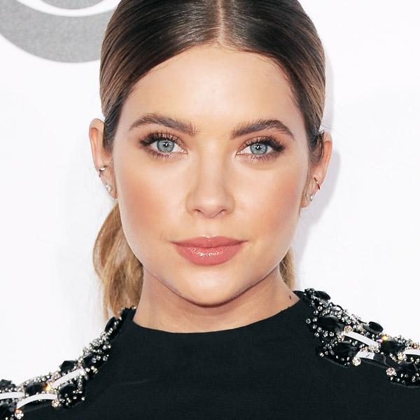 Celebrity Inspiration: Best Makeup for Blue Eyes - theFashionSp