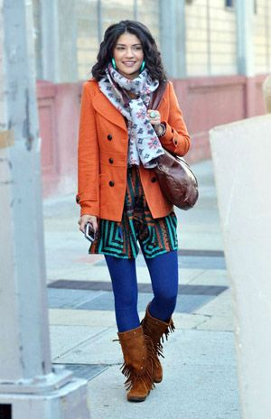 Not scared to play with color this girl | Gossip girl outfits .