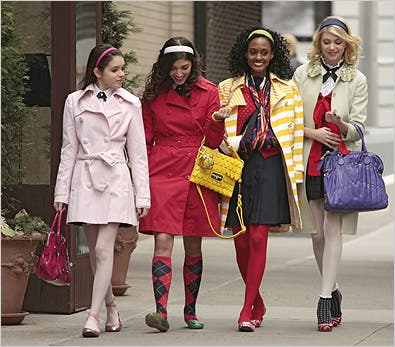 Forget Gossip, Girl; the Buzz Is About the Clothes - The New York .