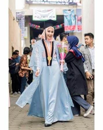 Super party graduation outfit ideas | Graduation outfit, Casual .