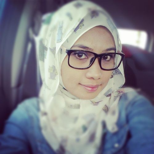 Hijab With Glasses – 25 Ideas to Wear Sunglasses with Hijab .