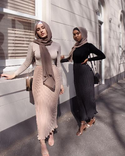 Stylish Hijab Outfit Ideas That Are in Line with the Latest .