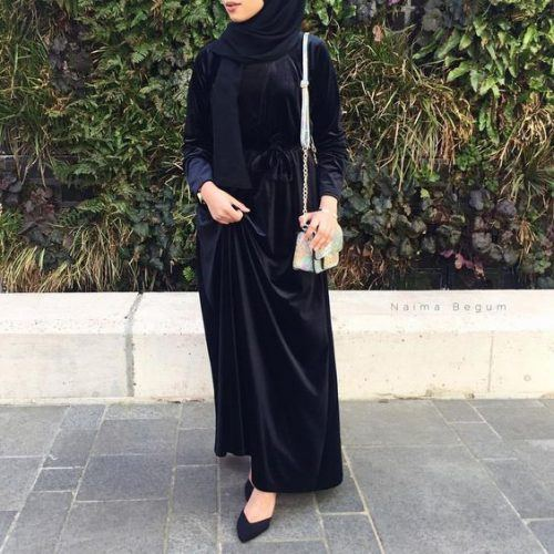 10 Latest Velvet Abaya Styles And Tips On How To Wear Th