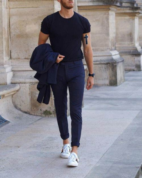 How to Wear White Sneakers for Men (Fashion & Style Inspiratio