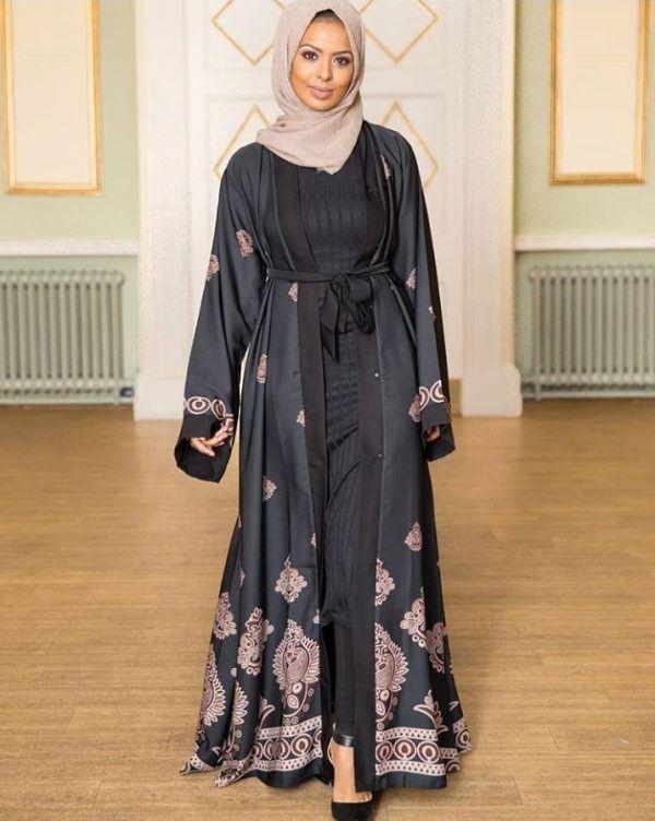 Modern Abaya Styles 2020 -50 Best Abaya Designs on Instagr