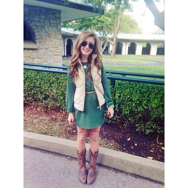 Riding boots instead of cowboy boots though | Autumn fashion .