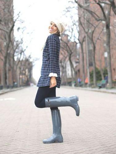 Woman Wearing Grey Hunter Boots | Grey hunter boots, Boating .