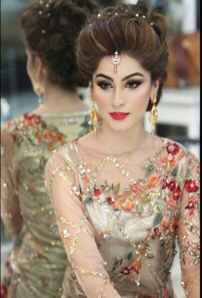 Latest Pakistani Bridal Wedding Hairstyles Trends 2020-2021 .