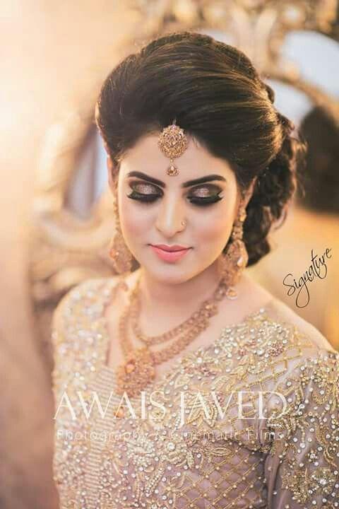 Bride hairstyle | Bride hairstyles, Pakistani bridal makeup .