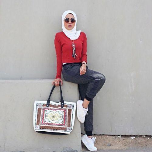 20 Popular Hijab Street Style Fashion Ideas This Season   Hijab .