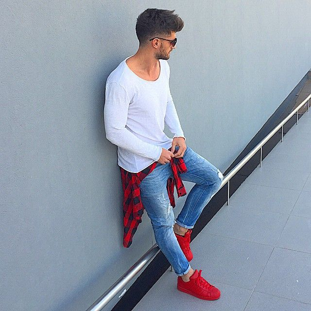 ✓ Red white and blue | Red sneakers outfit, Mens outfits .