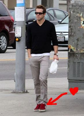 What do u think if man wear red shoes like RYAN RENOLDS picture .