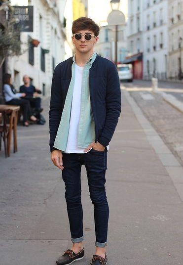 Prep, rolled up skinny jeans with boat shoes. | Mens street style .