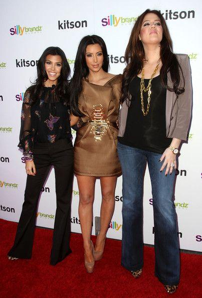 10 Short Height Female Celebrities Fashion You Should Follow .