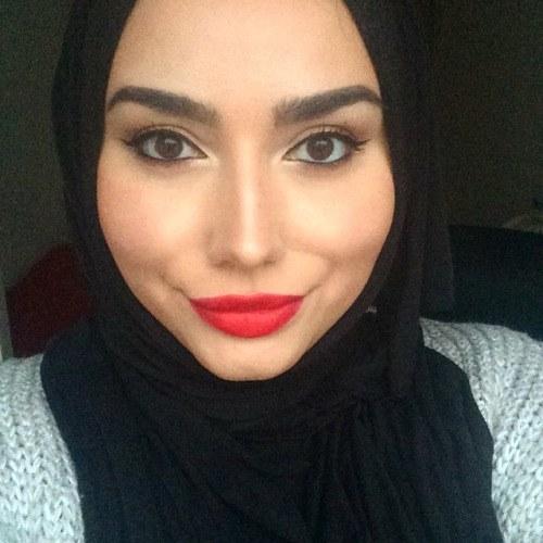 Simple Makeup with Hijab Tutorial and Hijab Makeup Ti