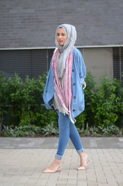 40 Stylish Ways to Wear Hijab with Jeans for Chic look | Hijab .