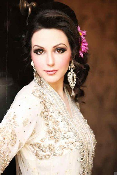 25 Trending Hairstyles For Walima Functions In 2020 | Bridal .