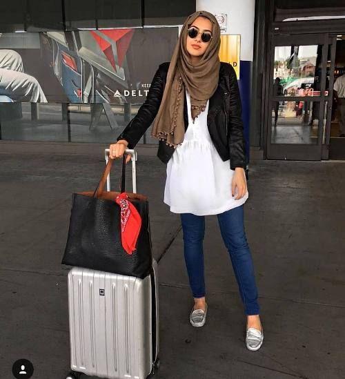 What to wear as a hijabi traveler | Hijab fashionista, Hijab .