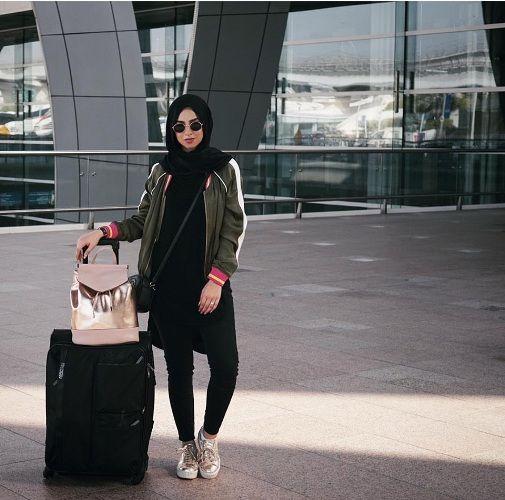 Hijabi traveling style | Trendy girls, Hijabi, Travel sty