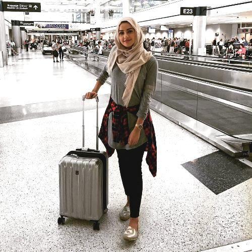 What to wear as a hijabi traveler | Hijab fashion summer, Hijab .