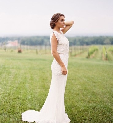 What to Wear for Vineyard Wedding-18 Outfit Ideas | Beau