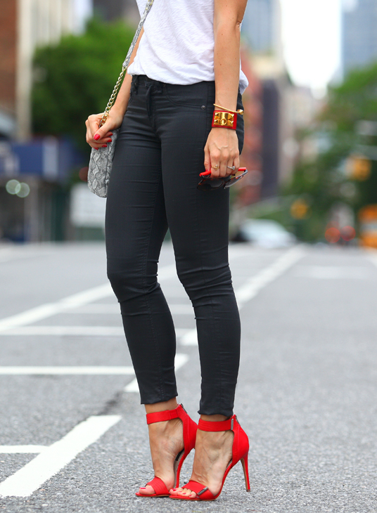 Pin by Carrie Bradshaw on Combos to wear | Pants women fashion .
