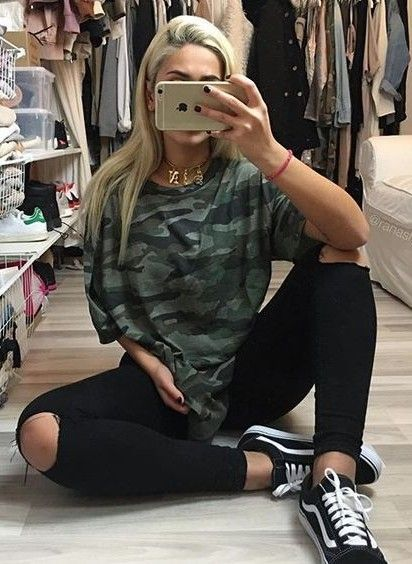 Pairing Vans with Camo Tees | Casual outfits, Black ripped jeans .