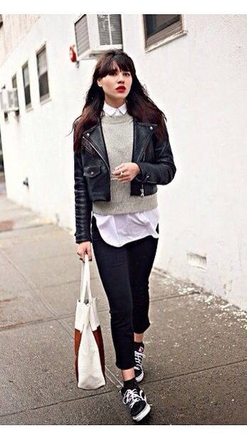 Minimalist outfit, layering and vans old skool // | Fashion, Style .